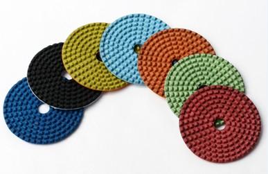 Flexible diamond pad for dry polishing